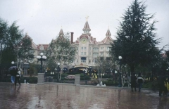 DisneyParis1